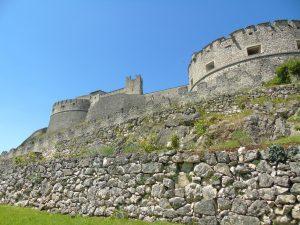 Il magnifico complesso di Castel Beseno.