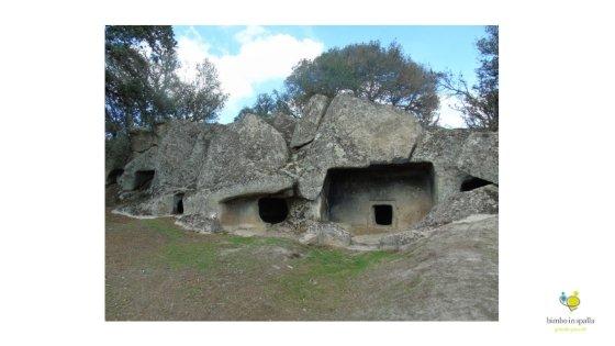 Necropoli di Ludurru foto