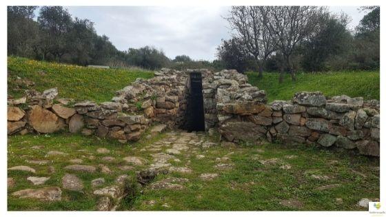 Olbia archeologica pozzo sacro Sa Testa
